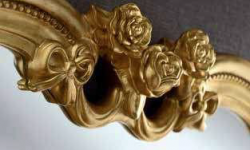 details gold heart ornate gilt mirror