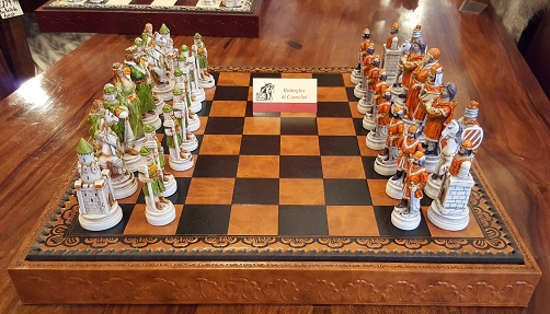 Handmade Italian chess set Battle of Camelot