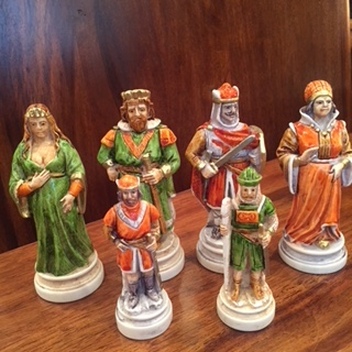 handmade Italian Nigri Scacchi chess set – battle of Camelot