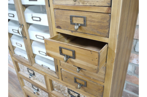 internal view of the drawers