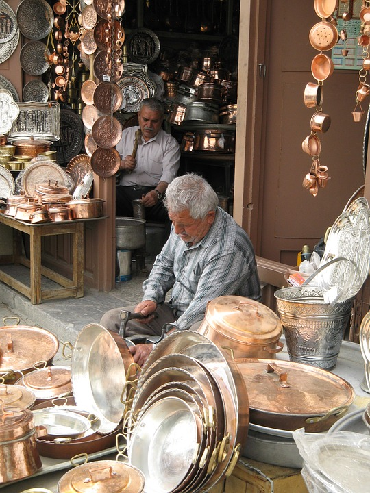 The Grand Bazar, Handmade persian rose-gold plates