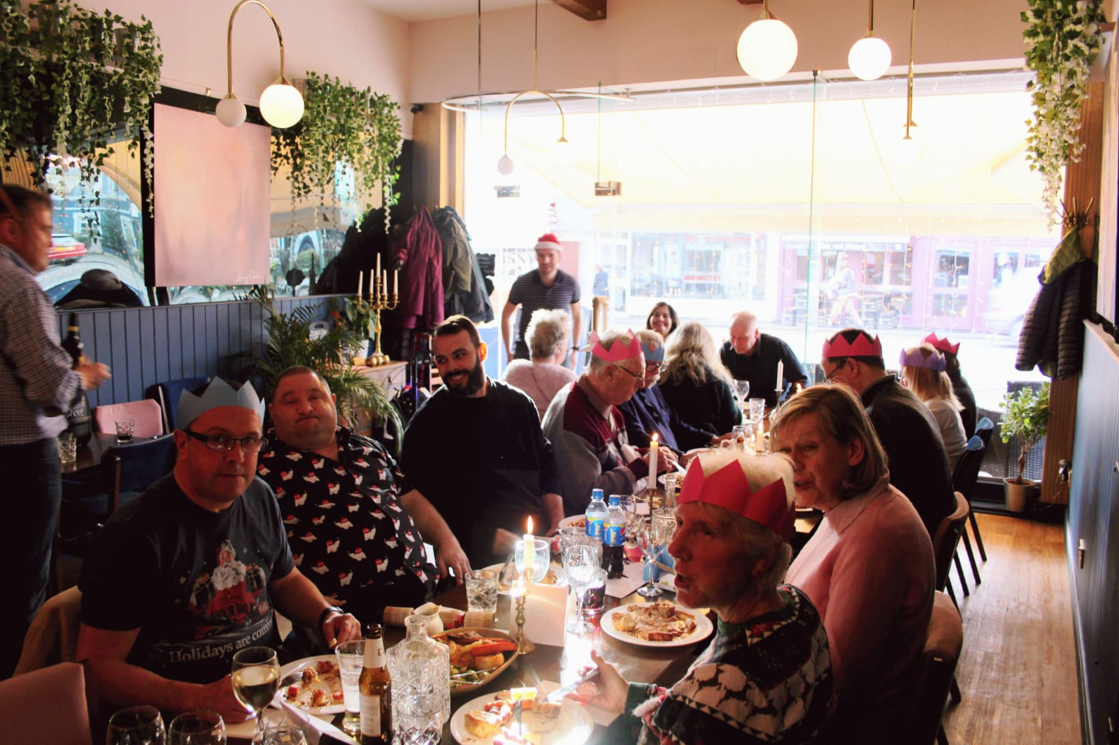 Free Christmas lunch for lonely people at Christmas community spirit
