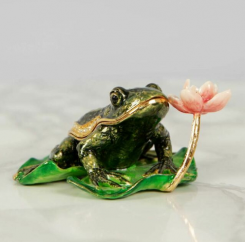 frog on a lily pad trinket box